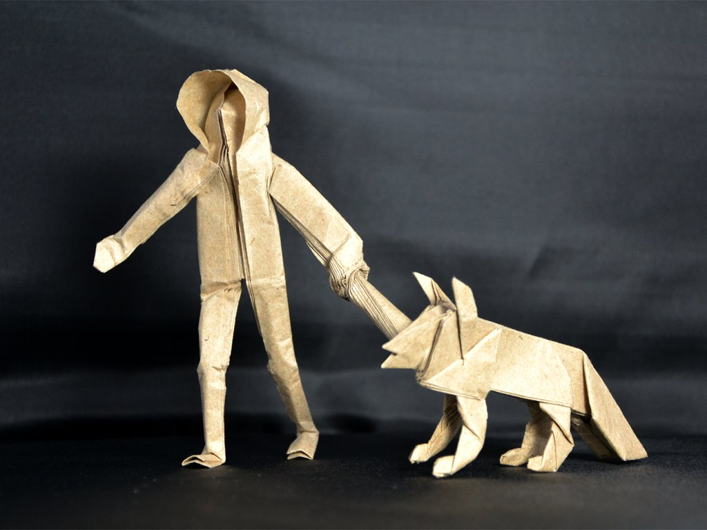 Человек с оригами